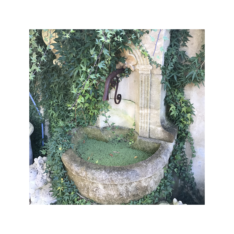 Limestone Coquille Fountain