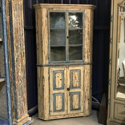 C18th Corner Cupboard